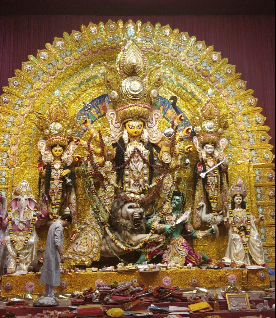 Rohi Villa Durga Pujo Pandals in Pune