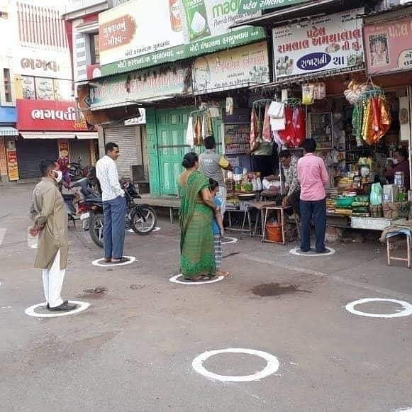 grocery stores open in Mumbai