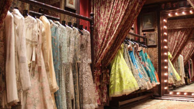 The Flagship Store Of Bridal Designer Sabyasachi In Kolkata Is So Dreamy Local Samosa Local Brands Food Shopping Lifestyle Recommendations
