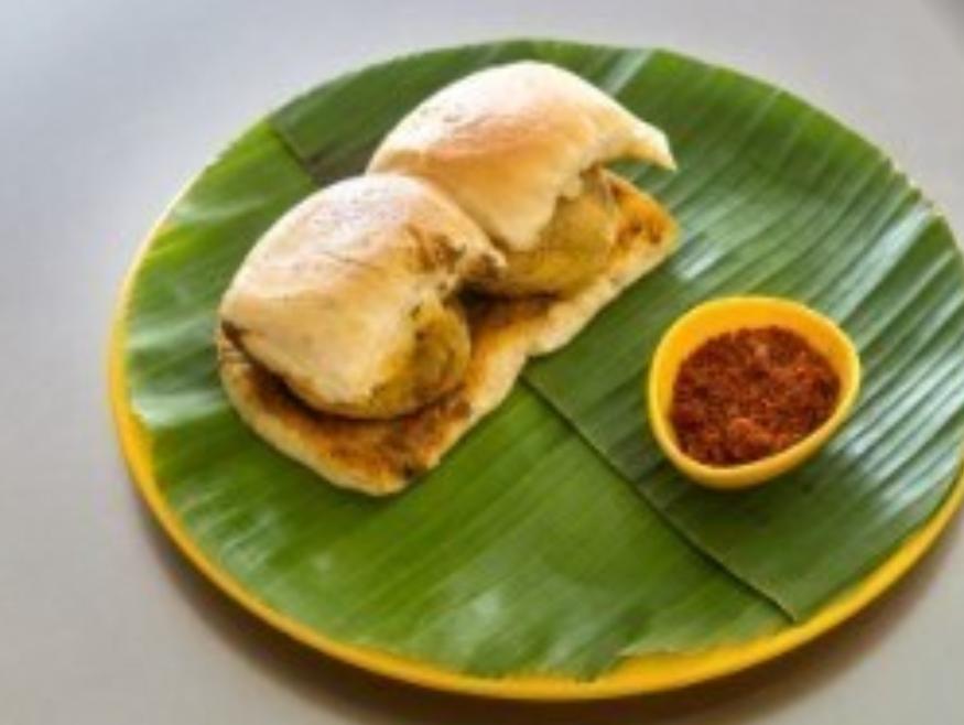 order vada pavs in Mumbai