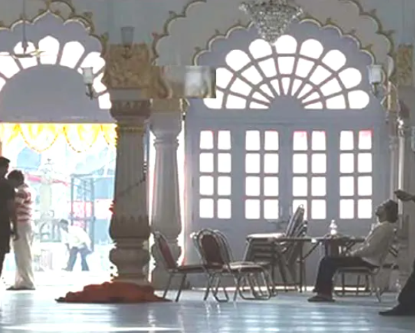 movies shot in Lucknow