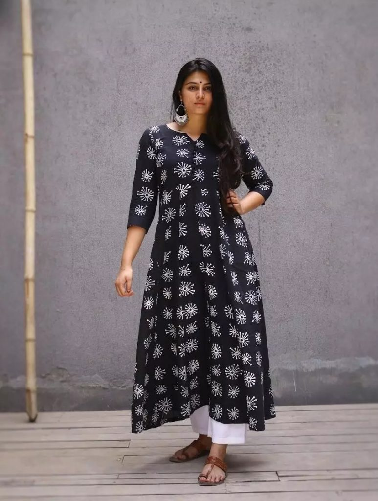 traditional outfits for women