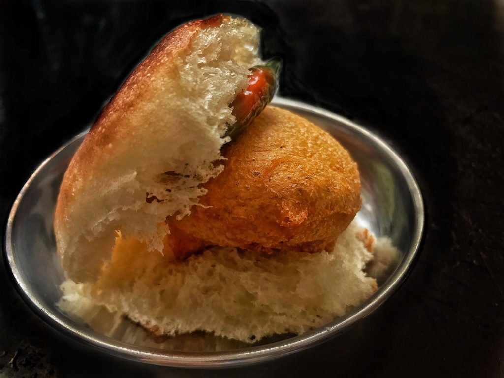 Vada Pav delivery in Pune
