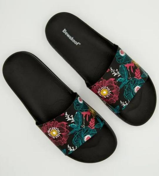 monsoon friendly footwear online